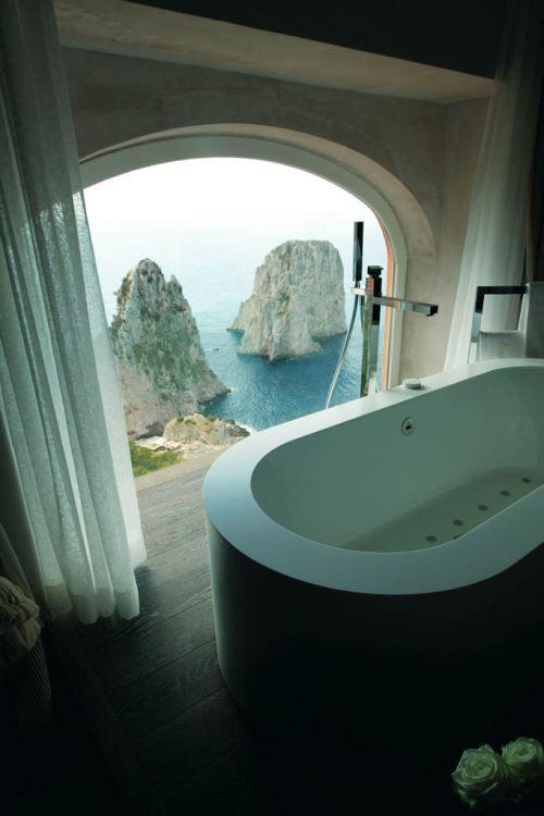 Natural Cob Home Bathtub