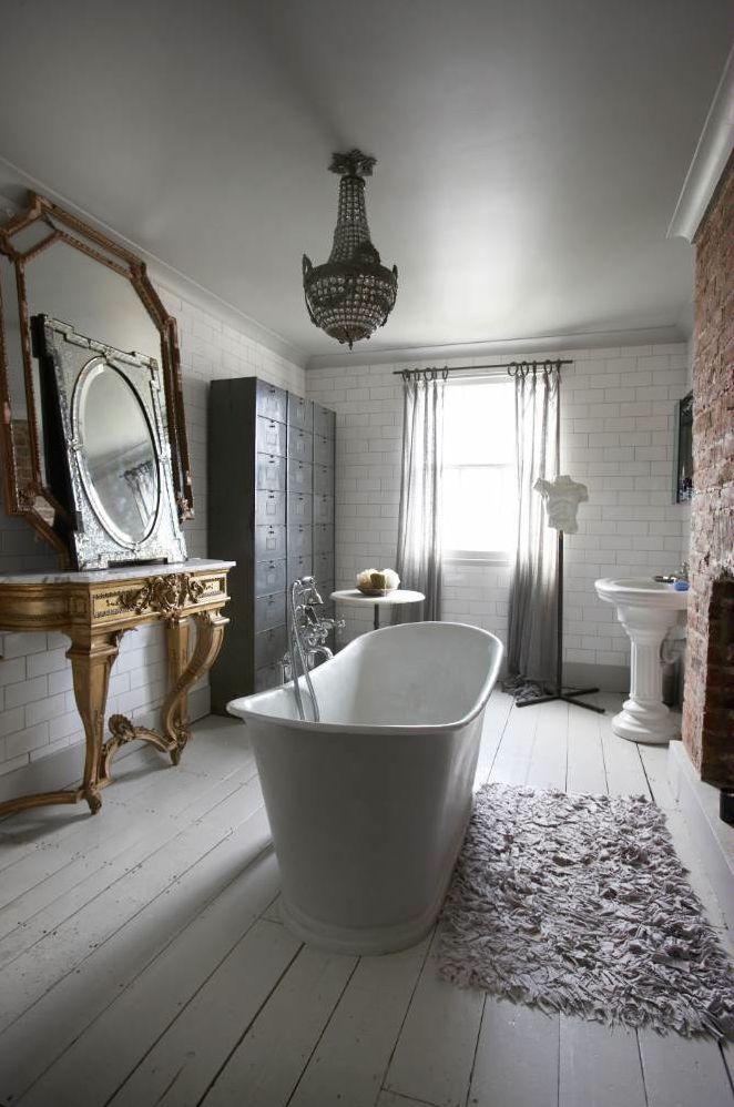 21 Beautiful Bathtubs